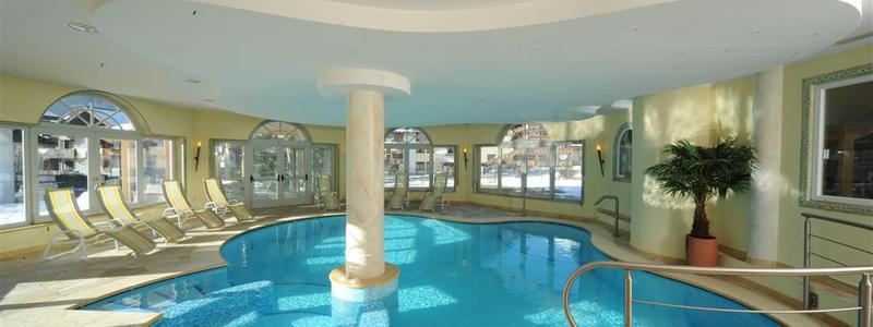 Hotel Canada piscina interna